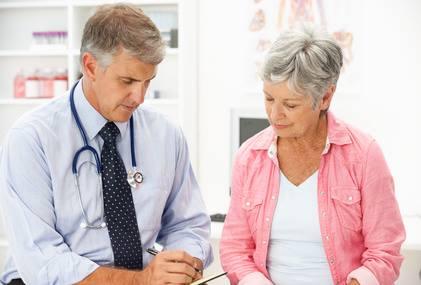 Contrôle de la pression artérielle chez les personnes âgées de 80 ans et plus : risque réduit de maladies cardiaques et de décès