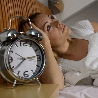 Dormir moins de six heures par nuit peut augmenter le risque de maladie cardiovasculaire