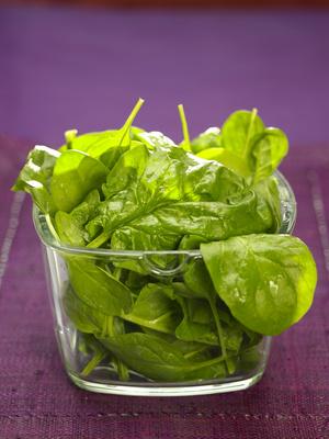 Un extrait d'épinard pour diminuer l'envie de manger et perdre du poids
