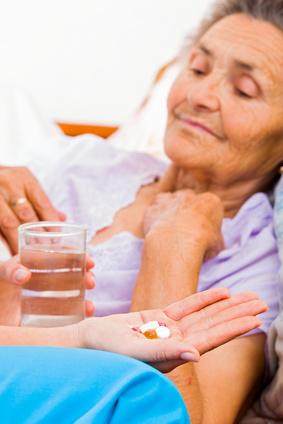 Les médicaments contre l'hypertension aideraient les personnes âgées, même les plus fragiles, à vivre plus longtemps