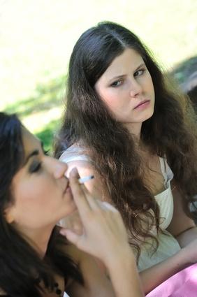 Les médecins ne donnent pas assez de conseils ou d'outils pour aider les jeunes à cesser de fumer