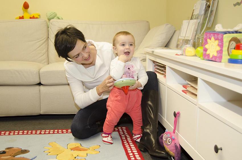 Le comportement des parents influencerait le développement du système ocytocine chez les bébés