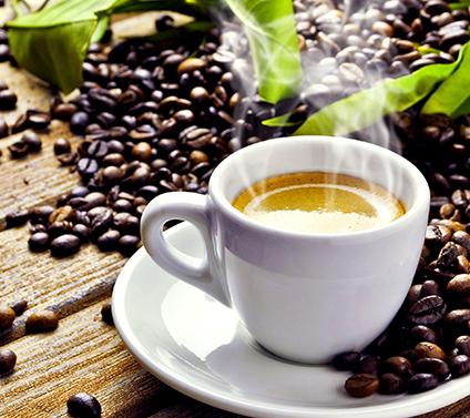 Le café n'augmente pas le risque de troubles du rythme cardiaque (étude)