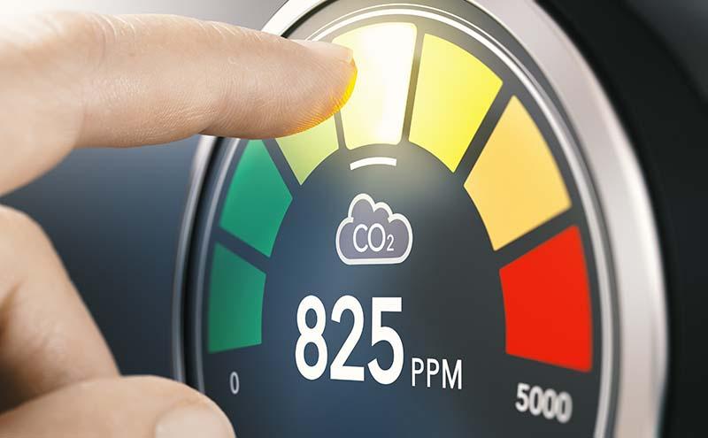 Les capteurs de dioxyde de carbone permettraient un suivi en temps réel du risque de Covid-19 à l'intérieur des habitations (étude)